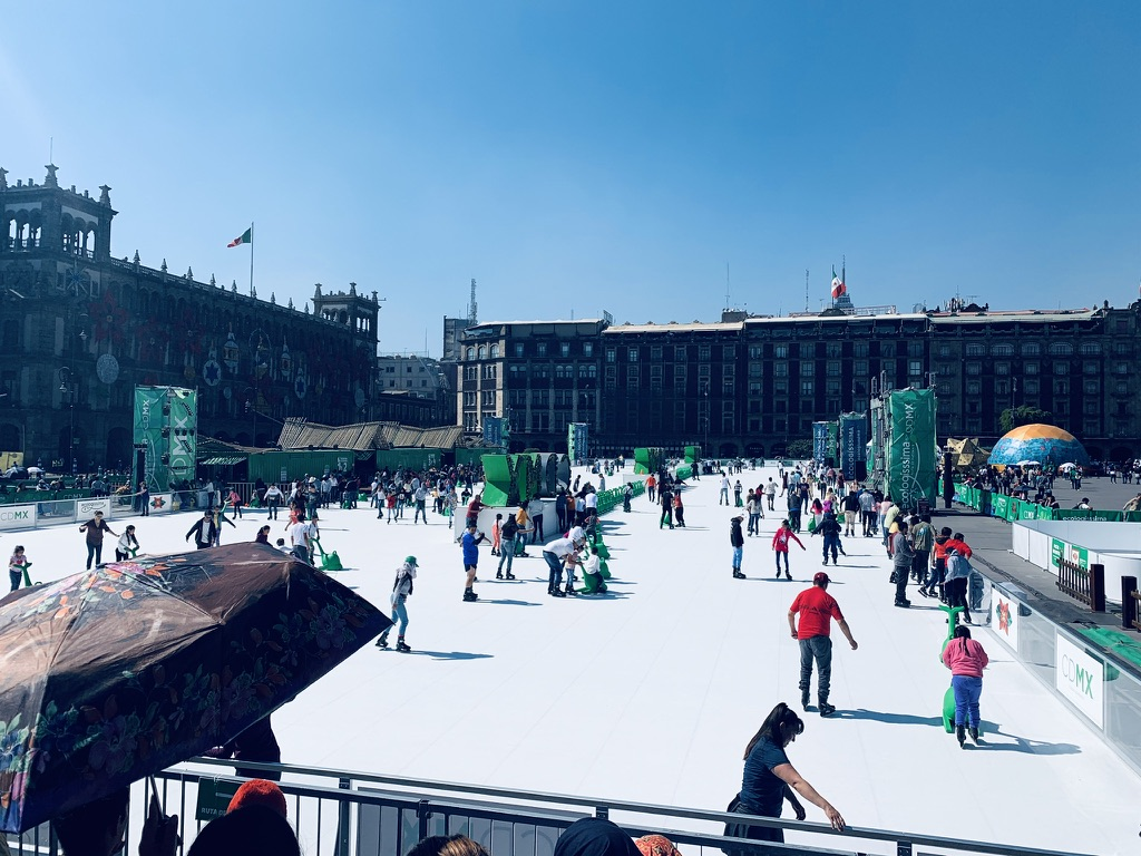 Ice skating in CDMX